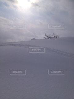 雪山の写真・画像素材[586806]