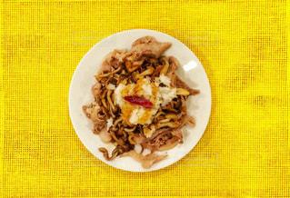 豚肉とキノコのあっさり炒めの写真・画像素材[1056565]