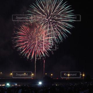 夜空の花火の写真・画像素材[1278092]