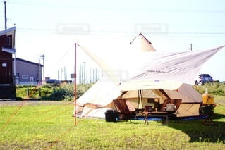 サーカスのようなテントの写真・画像素材[3607369]
