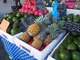 果物や野菜の展示会の写真・画像素材[1075059]