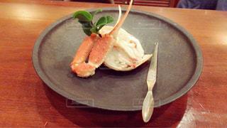 板の上に食べ物のボウル - No.923205