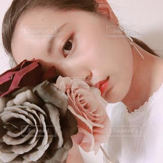 薔薇との写真・画像素材[1186043]