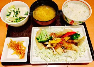 定食  昼食  夕食  和食  美味しいの写真・画像素材[604014]