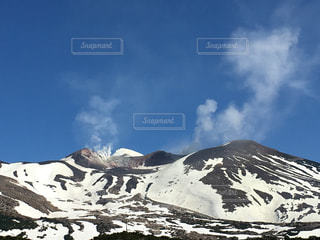 雪山の写真・画像素材[595069]