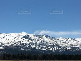雪山の写真・画像素材[595070]