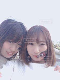 なかよし姉妹の写真・画像素材[2211576]