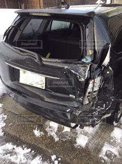 自家用車が‥雪道での後ろからの追突事故 冬は危険です!の写真・画像素材[824962]