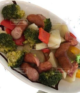 ブロッコリー料理のプレートの写真・画像素材[762821]