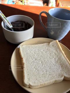 クローズ アップ食べ物の皿とコーヒー カップ - No.933337