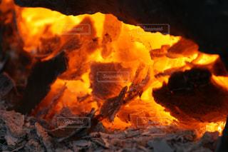 焚き火の写真・画像素材[678866]