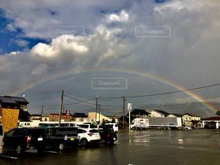 雨上がりの虹の写真・画像素材[1748171]
