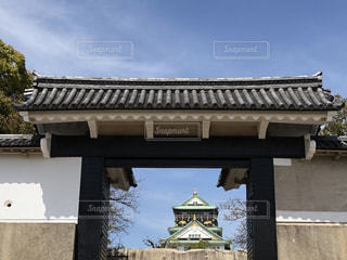 大阪城 桜門から見た天守閣の写真・画像素材[1081734]