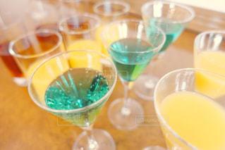 オレンジ ジュースのガラスの写真・画像素材[1003708]