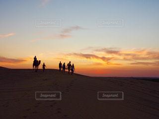 砂漠でみた夕焼けの写真・画像素材[752538]
