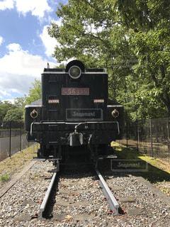鋼のトラックの列車 - No.727795
