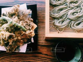 舞茸の天ぷら蕎麦の写真・画像素材[931296]