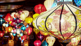 ベトナムのホイアンのランタン祭りの写真・画像素材[942860]