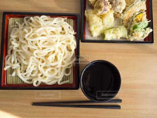 天ぷらとうどんの写真・画像素材[952589]