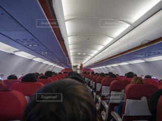 飛行機の中の写真・画像素材[1069119]