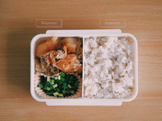 食品のプラスチック容器 お弁当の写真・画像素材[1374460]