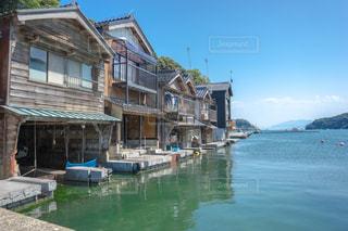 京都の伊根町の舟屋の写真・画像素材[1385497]