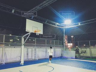 新宿アルタの屋上バスケットボールの写真・画像素材[1453414]