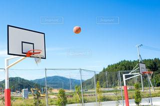 ストリートバスケットボールの写真・画像素材[1498704]