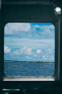 船の中からの景色の写真・画像素材[3438870]