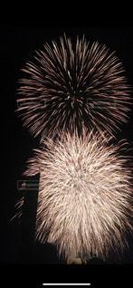 空に花火の写真・画像素材[2176857]