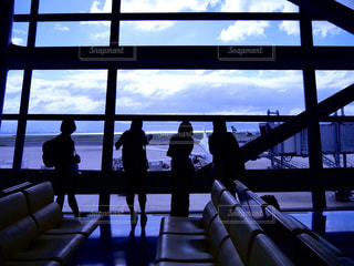 空港のロビーの写真・画像素材[607169]