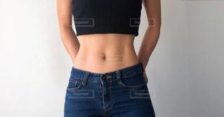 腹筋女子の写真・画像素材[1708434]