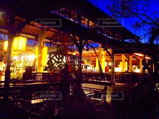 バリ島 ホテル 美しい 雰囲気 夜 観光地の写真・画像素材[610225]