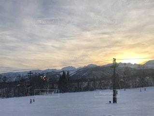 雪に覆われた斜面 - No.957148