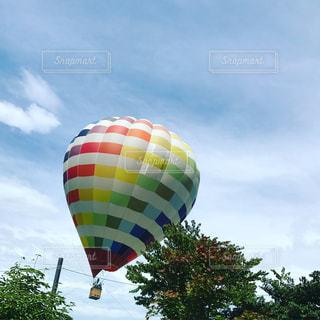 大きい風船に空気中の写真・画像素材[706976]