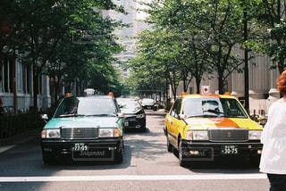 車の通りの都市の運転の写真・画像素材[754270]