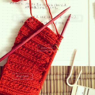 夏の終わりに、秋色編み物の写真・画像素材[927884]