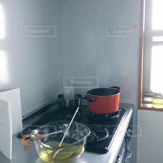 キッチンでハンドメイドソープの写真・画像素材[1021008]