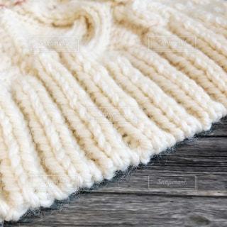 白いセーターの写真・画像素材[1566411]