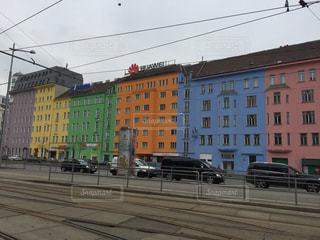 ウィーンで見つけたカラフルな建物の写真・画像素材[618168]