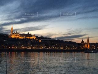 ブダペスト 夕暮れの写真・画像素材[618411]