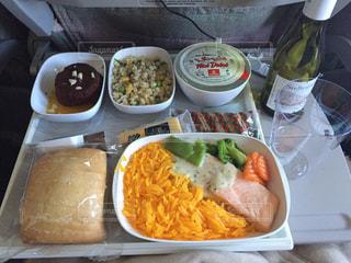 エミレーツ航空 機内食の写真・画像素材[618532]