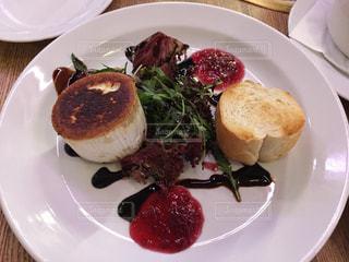 プラハ バー ヤギチーズの料理の写真・画像素材[620083]