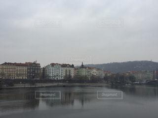 プラハ ドナウ川沿いの写真・画像素材[620233]