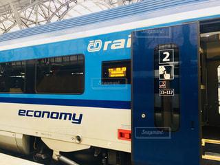 チェコ プラハで撮ったチェコ国鉄、レイルジェットの車両です♪の写真・画像素材[919457]