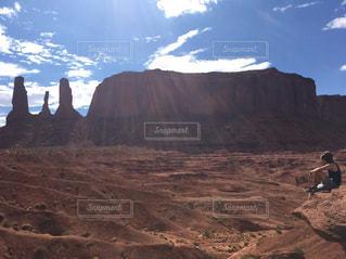 背景の山と渓谷の写真・画像素材[710765]