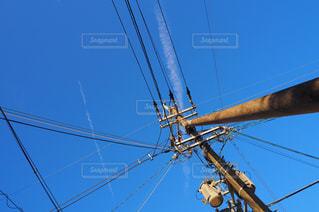 青空、電柱の写真・画像素材[1665252]