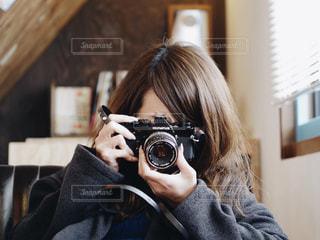 女性の写真・画像素材[306845]