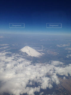 飛行機から見えた富士山の写真・画像素材[627001]