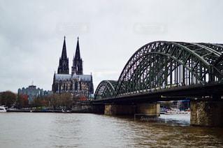 雨上がりのケルン大聖堂の写真・画像素材[951552]